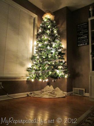DIY corner Christmas tree