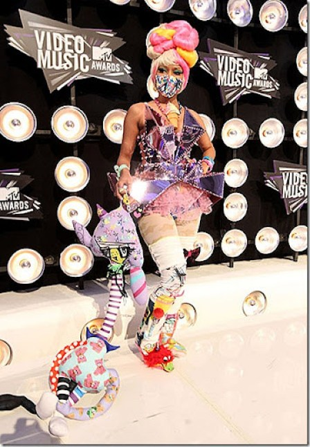 Nicki-Minaj-MTV-VMA-2011