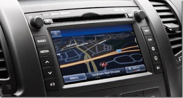 Kia-Sorento-2013-GPS