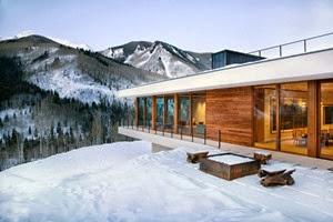 fachada-Casa-minimalista-lineal-Studio-B-Architects