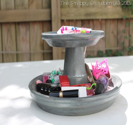 Terra Cotta Pot Jewlery Stand {The Preppy Strawberry}