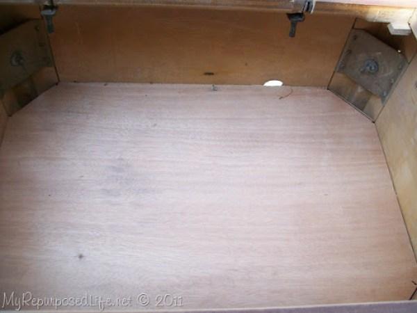 repurposed sewing cabinet (23)