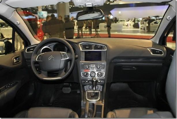 Citroën C4 Lounge (7)_1024x683[3]