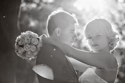 porocni-fotograf-wedding-photographer-poroka-fotografiranje-poroke- slikanje-cena-bled-slovenia-ljubljana-bled-hochzeitsfotografho (109).jpg