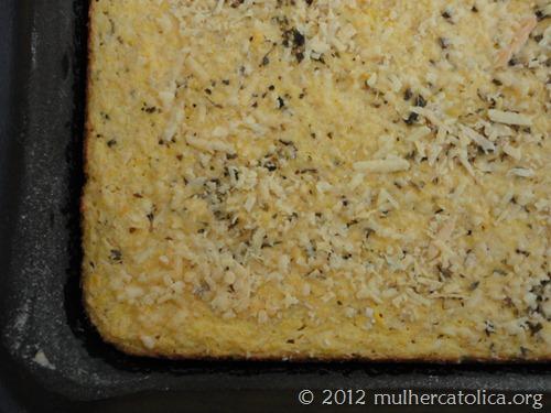 Bolo de Milho salgado com aveia, ricota e iogurte natural