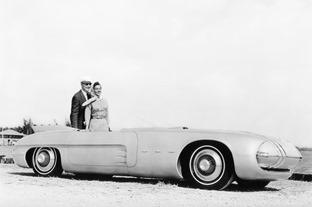 1956-Pontiac-Club-de-Mer-Concept-2