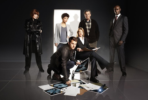 FRINGE: The Fringe team returns in the FRINGE Season Three premiere airing Thursday, Sept. 23 (9:00-10:00 PM ET/PT) on FOX. ©2010 Fox Broadcasting Co. Pictured L-R: Blair Brown, Jasika Nicole, Joshua Jackson, Anna Torv, John Noble and Lance Reddick. CR: Andrew Macpherson/FOX