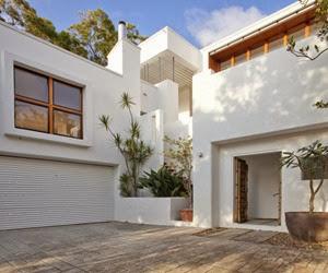 Sunshine-Beach-House-Wilson-Architects