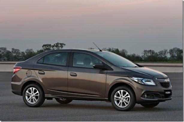 Chevrolet-Prisma-LTZ-2013-Brazil-018