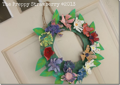 Recyecled Egg Carton Wreath {The Preppy Strawberry}