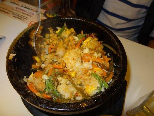 崴媽的地盤: 平價韓式美食~石鍋娘 1020427