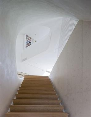 Escaleras-de-madera-roble-natural