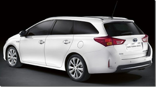 autowp.ru_toyota_auris_touring_sports_3