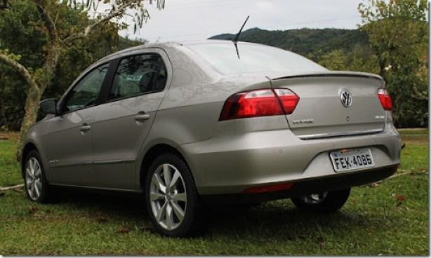 Volkswagen_voyage_gol_2013 (6)
