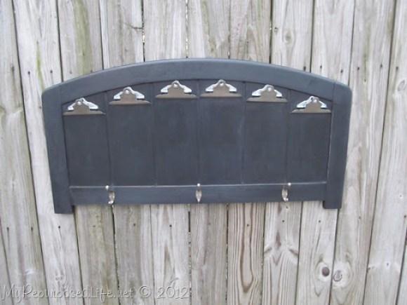 repurposed headboard photo display (30)