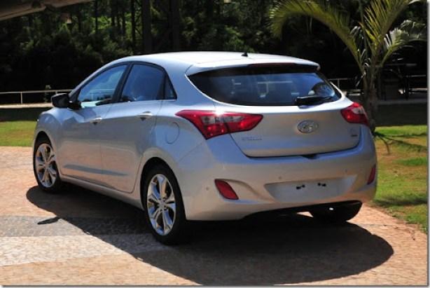 Novo-i30-Hyundai-2014-traseira