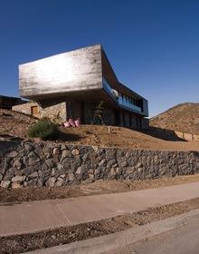 casa-fachada-piedra-pizarra-gris