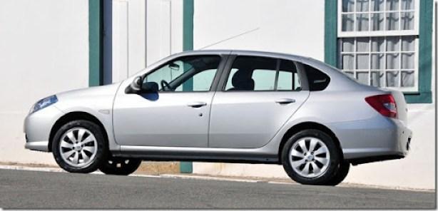 Renault Symbol 2013  (1)