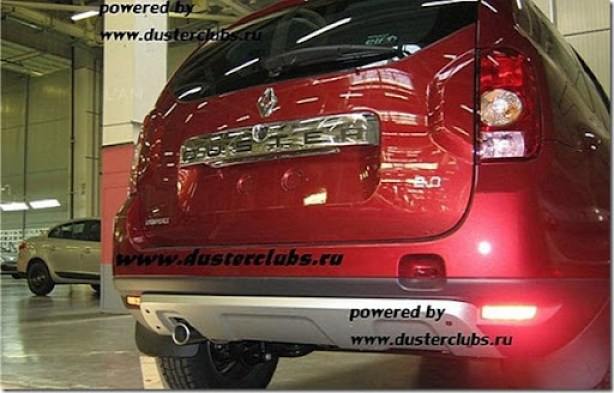 renault-duster-first-photos-leaked-medium_1