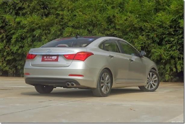 Hyundai-Mistra-Sedan-9[2]