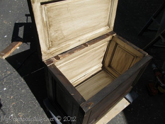 door repurposed into a trunk (29)