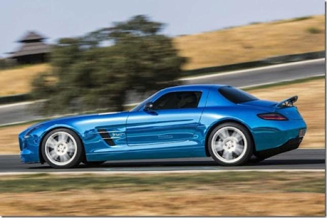 Mercedes-Benz-SLS-AMG-Electric-Drive-07