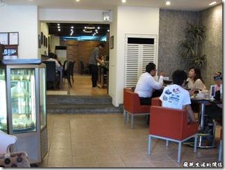 發現生活的價值: 臺南-潔潔複合式餐廳