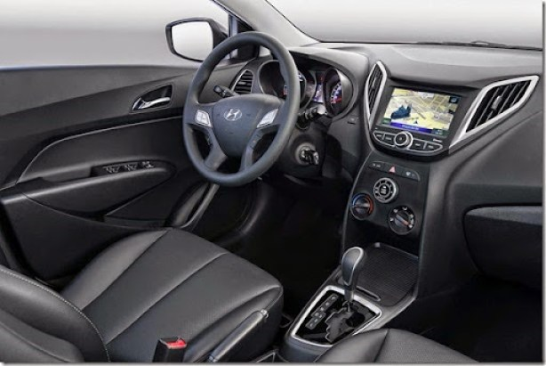 Novo-Hyundai-HB20-2015-interior (2)