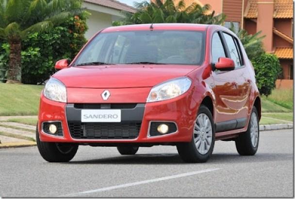 Renault-Sandero-2012[3]