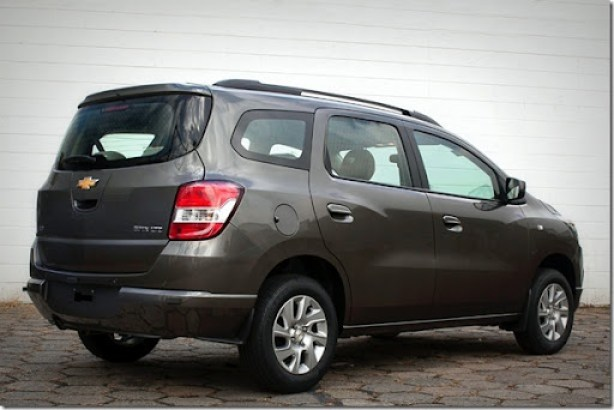 2014-Chevrolet-SpinLTZ-GM-Brazil-02-medium