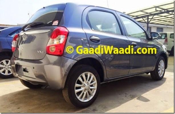 Spied-Toyota-Etios-Liva-facelift-rear-quarter-1024x665
