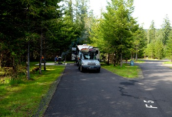 quiet nearly empty campground on the Santiam River.  Asphalt level sites, cement patio, power electric and a dump station 19 bucks for seniors.