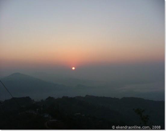 rising sun over Pokhara as seen from Sarangkot, © ekendraonline.com, 2008