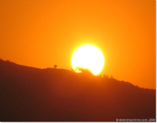 one if the best shots, the sun is about to go, best sunset in Pokhara