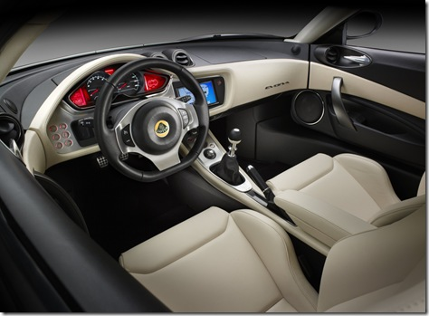 7lotus_evora_studio_cockpit