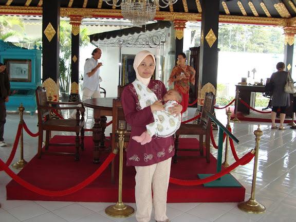 Nadine di Keraton Jogjakarta
