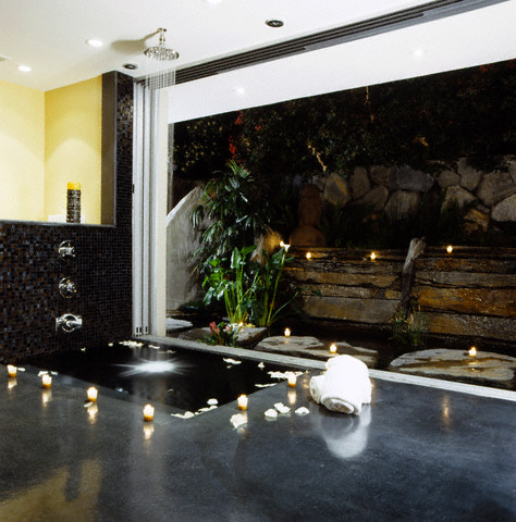 Design Dream House: Modern Indoor Waterfall Fountain