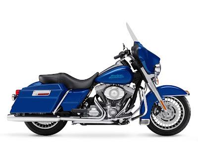 Harley Davidson FLHX Street Gilde 2009