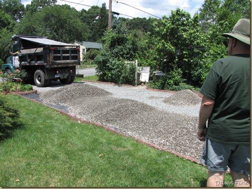 Getting gravel_20090627_029