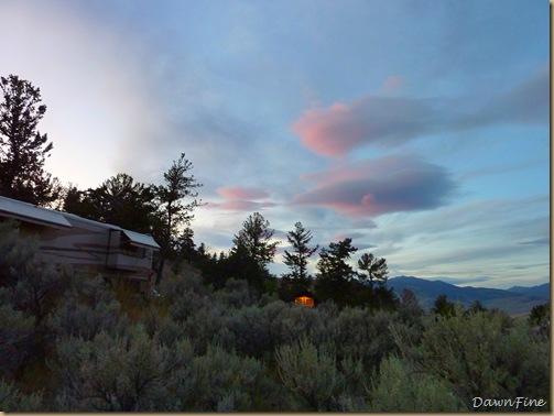 Yellowstone dawns_20090906_148