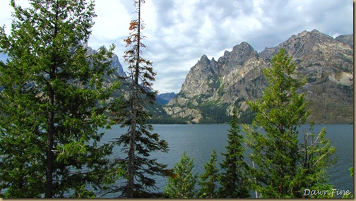 Drive in tetons_20090913_090