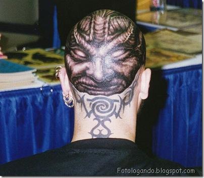 Tatuagens em cabeças raspadas (2)