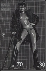 rihanna-topless-vogue-italy-03
