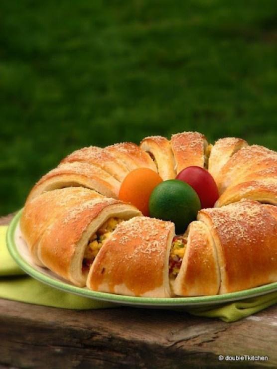 Vijenac od jaja, šunke i povrća