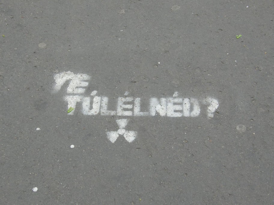 Budapest, street-art, firka, stencil, rádióaktivitás