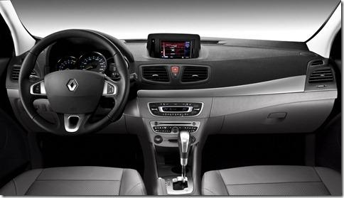 Novo_Renault_Fluence_Privilege___BAIXA__Imagem_28