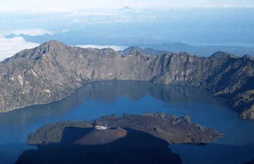صور جزيرة لومبوك اندونيسيا