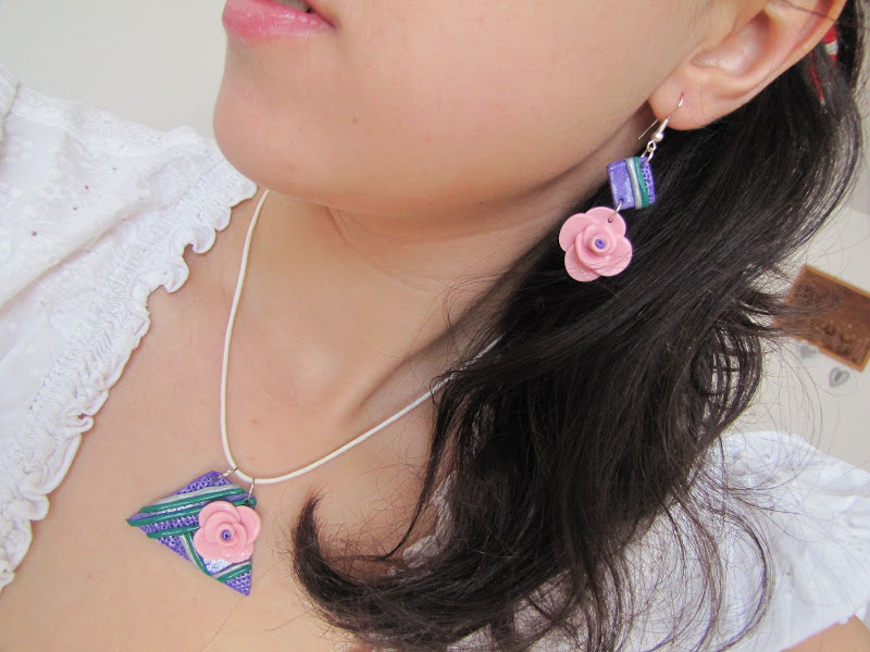 Set handmade linii geometrice si trandafiri