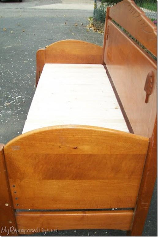armrests on headboard bench