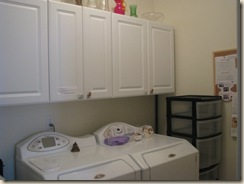 Clean Laundry Room 001